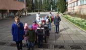 Экскурсия детей в школу